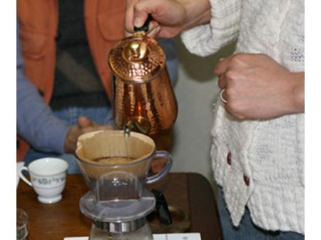 世界のコーヒー飲み比べ体験