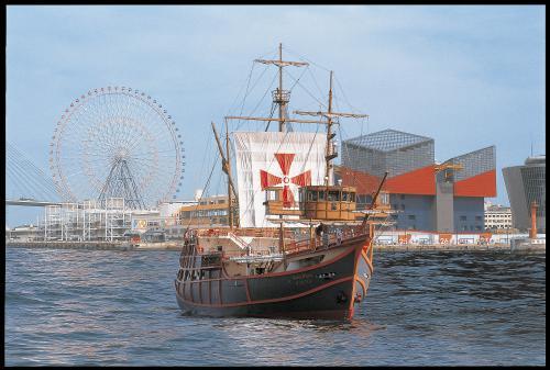 大阪港帆船型観光船「サンタマリア」デイクルーズ