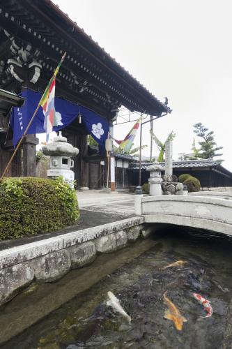 【タクシー観光モデルコース】紅葉と名水の見学コース