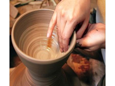 自分だけのオリジナルを作ろう! 陶芸体験