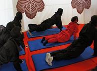モニターツアーで実施した「忍者五道」を取り入れたヨガ体験