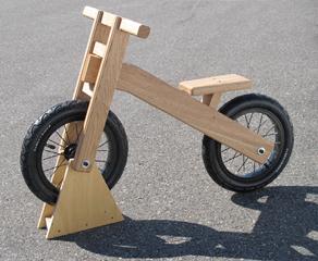 自然と工業技術の融合による自転車開発プロジェクト
