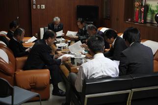委員会にて企画内容の協議