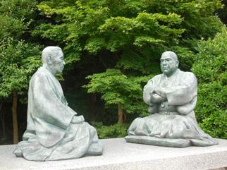 西郷隆盛(南洲)と菅実秀(臥牛)の対話坐像